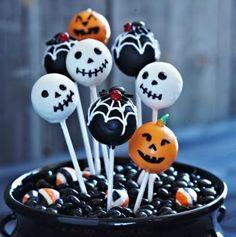 — ☠ i♥halloween cake pops ☠