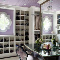 Liz Caan - Quatrefoil Dressing Room