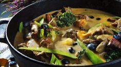 Elggryte med kantareller   Godt.no Frisk, Dessert Recipes, Desserts, Ramen, Stew, Crockpot, Curry, Food And Drink, Homemade