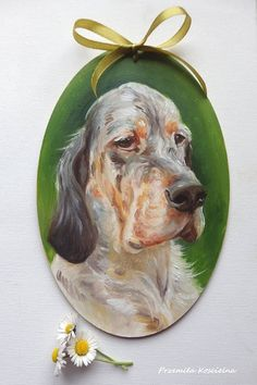 English Setter Oval Door Decoration Hand painted on wooden Yellow Pantone, Pantone Color, Etsy Christmas, Christmas In July, Hunting Dogs, Dog Portraits, Fashion Colours, Beautiful Dogs, Shades Of Green