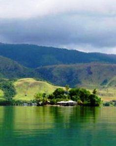 Tempat Wisata Danau Sentani - Info wisata hotel sejarah