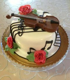 Violin Cake!  (Love the music notes!)