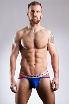 Colour block mini briefs with va-va-VOOM! A contoured pouch for impressing and a multi-coloured statement waistband for WOW-ing! EPPURE LUCA ALESSANDRO EXTREME LOW RISE BRIEF £22.00 https://www.deadgoodundies.com/eppure-luca-alessandro-extreme-low-rise-brief