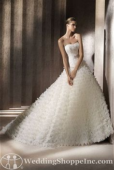 Pronovias Bridal Gown Benadir - Visit Wedding Shoppe Inc. for designer bridal gowns, bridesmaid dresses, and much more at http://www.weddingshoppeinc.com
