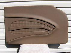 Custom Car Interior, Car Interior Design, Truck Interior, Interior Doors, Custom Car Seats, Bug Art, Door Panels, Car Upholstery, Car Audio