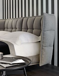 Contemporary upholstered double bed by Patricia Urquiola - TUFTY-BED - BB Italia