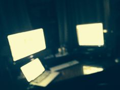Lost in the #screens