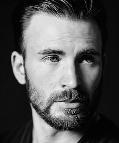 Chris Evans, one of my favs. His smile, piercing blue eyes, just the way that he is.