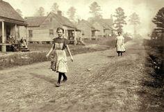 Kosciusko Cotton Mill, Mississippi, by Lewis Hine 1913.