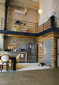 Name: Doub Hanshaw and John David MahaffeyLocation: Fishtown — Philadelphia, PennsylvaniaSize: 4,500 square feet — 1 bedroom Years lived in: 2 — own
