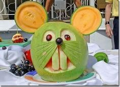 The art of fruit and vegetable carving is the sensitive art of making a sculpture out of these edible items. Fruit Sculptures, Food Sculpture, Veggie Art, Fruit And Vegetable Carving, Watermelon Art, Watermelon Carving, Edible Food, Edible Art, Funny Fruit