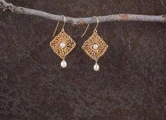 Romantic Pearl Earrings, Pearl Gold Dangle Earrings, #jewelry #earrings @EtsyMktgTool http://etsy.me/2i7IYSZ