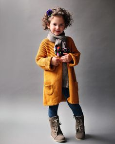 Love this mustard coat! This is a great example of how important SHOES are to an outfit. The boots really tie in the whole look. Baby Kind, My Baby Girl, Outfits Niños, Kids Outfits, Knitting For Kids, Baby Knitting, Little Girl Fashion, Kids Fashion, Fashion Fall