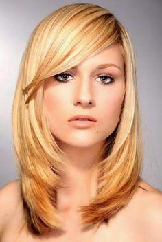 cortes de cabelo liso com franja na testa