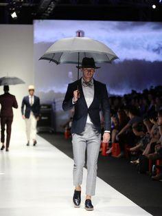 ..:: Singapore Fashion Week 2015 ::.. #ss15 #menswear #catwalk #runway #GQ #benjaminbarkerstore #benjaminbarker #suits #suitup #dandy #sartorial #tailoring #bespoke