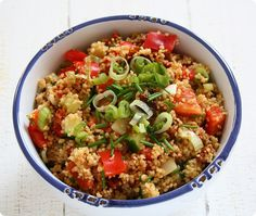 sommerlicher Couscous-Salat als perfekte Beilage zum Grillen | The Vegetarian Diaries