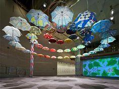 スパイラルでテキスタイルデザイナーの「傘展」-梅雨を前に新作アピール