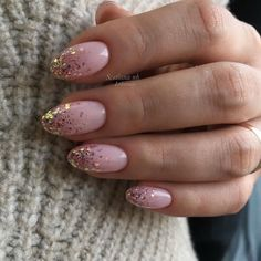 55 trendy fall dip nails designs ideas that make you want to copy page 52 Fancy Nails, Pink Nails, Glitter Nails, Cute Nails, Pretty Nails, Nail Manicure, Gel Nails, Round Nails, Dipped Nails