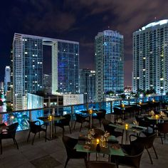 Looking for the best rooftop bars in Miami? These buzzy spots take you high above the city, from Wynwood to South Beach. Downtown Miami, Miami Florida, South Florida, Cruise Miami, Miami Club, Florida Vacation, Miami Restaurants, Miami Nightlife, Modern Architecture
