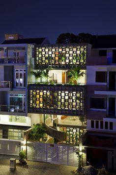 Binh Thanh House by Vo Trong Nghia Architects + Sanuki + Nishizawa architects, Binh Thanh District, Ho Chi Minh City, Vietnam - 2013