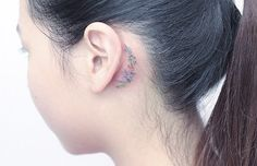 behind-ear-tattoo.jpg (595×384)