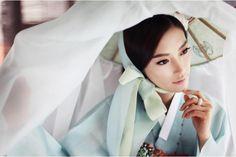 han book korean wedding dresses    ... by lee seon ju korea wedding dress 2011 mu studio korea wedding photo
