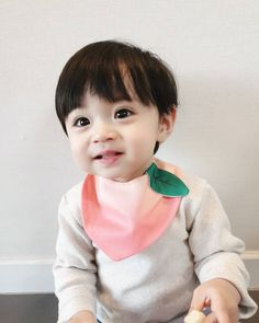 Cute Asian Babies, Cute Korean Boys, Korean Babies, Cute Babies, Cute Baby Boy, Lil Baby, Cute Boys, Baby Kids, Ulzzang Kids