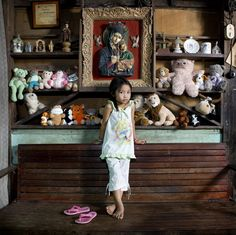 Allenah - El Nido, Philippines ['Toy Stories' Series. Kids from around the world with their toys]