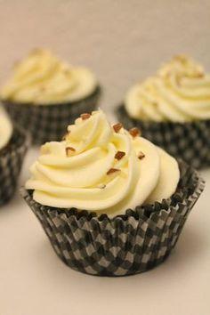 Porkkanamuffinssit (pienet herkkusuut) Sweet Tooth, Cupcakes, Snacks, Cookies, Baking, Desserts, Food, Buns, Crack Crackers