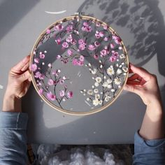 Silk Ribbon Embroidery Rose Stitches into Silk Ribbon Embroidery Stitches Beginners Ribbon Embroidery Tutorial, Hand Embroidery Stitches, Silk Ribbon Embroidery, Embroidery Hoop Art, Embroidery Designs, Floral Embroidery Patterns, Hand Stitching, Simple Embroidery, Flower Embroidery