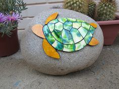 Cement Crafts, Mosaic Crafts, Mosaic Projects, Stained Glass Projects, Stained Glass Patterns, Mosaic Patterns, Mosaic Rocks, Stone Mosaic, Mosaic Glass