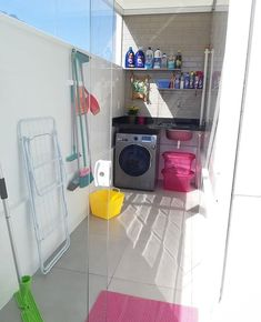 "Dicas de Decoração on Instagram: ""Arraste para o lado e veja MAIS > Que #antesedepois bacana! A nova lavanderia ficou incrível 😍 #lavanderiameunovoapê Idealização Apto…"" Outdoor Laundry Rooms, Small Laundry Rooms, Laundry Room Design, Home Room Design, Earthy Home Decor, Indian Home Decor, Bedroom Wall Designs, Living Room Designs, Toilet Tiles Design"