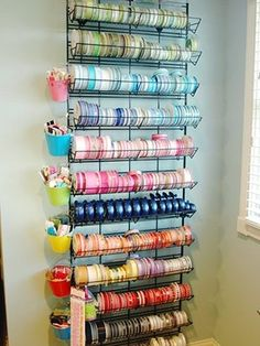 love this ribbon storage.  I could definitely use this!