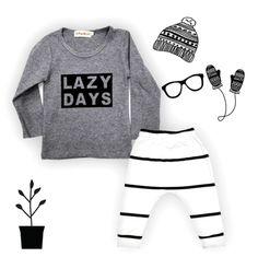 Hippe baby kleding sets in zwart met wit.De trend voor baby's op dit moment is zwart met wit en kan natuurlijk heel goed gedragen worden door meisjes en jongens.Van elke set zijn er maar een aantal beschikbaar om ze zo origineel mogelijk te houden.Alle