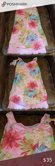 NWOT Parisian Girls Sleeveless Flower Dress NWOT Bought in Paris girls sleeveless pink flower dress. 2 layered detail with attached pink super soft slip underneath and sheer flower design on top. Size 4 years Clayeux Dresses Casual Girls Sweater Dress, Baby Girl Sweaters, Suede Tote Bag, Black Leather Tote Bag, Paris Girl, Britney Jean, Pink Accessories, Fall Sweaters, Flower Dresses