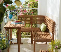 Eckbank - mesmo com pouco espaço é possível criar esse pequeno e agradável jardim, que com esses bancos ficou mais charmoso.