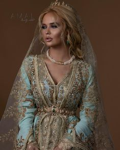 hooting with Photography by beautiful location model makeupaddict Moroccan Bride, Moroccan Wedding, Moroccan Caftan, African Traditional Dresses, Traditional Outfits, Emo Dresses, Fashion Dresses, Party Dresses, Arab Fashion