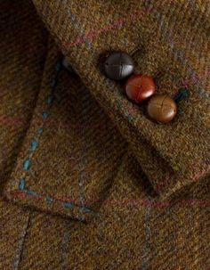 Scottish made Harris tweed mens jacket Tweed Run, Tweed Coat, Tweed Blazer, Bespoke Tailoring, Fashion Outfits, Mens Fashion, Fall Fashion, Style Fashion, Country Outfits