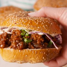 Big Mac Sloppy Joes are an easy ground beef dinner recipe perfect for weeknights. These sloppy joes are loaded with onions, pickles and cheddar cheese all tossed in a copycat Big Mac Sauce. Ground Beef Recipes, Pork Recipes, Asian Recipes, Cooking Recipes, Healthy Recipes, Cooking Grill, Griddle Recipes, Cooking Time, Asian Dinner Recipes