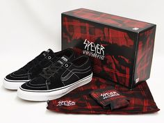 Vans 'Speyer' syndicate signature shoes... even his shoes come with a red & black flannelette stash bag and matching stubby holder. Enough said. Too cool.