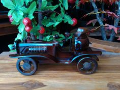 Wooden Roll Royce  Beautifull and classic miniature roll royce. Made from wood only.