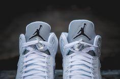 近賞 Air Jordan 5 Retro「White/Metallic Silver-Black」配色設計