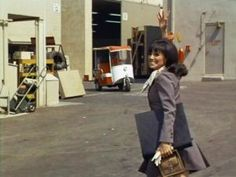 TV show fashion history - That Girl - Marlo Thomas in suit.jpg