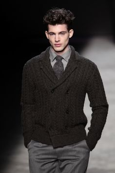 Joseph+Abboud+Runway+Fall+2012+Mercedes+Benz+