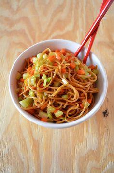 Vegetable Lo Mein via Mooshu Jenne #chinese #chineselunar #newyear