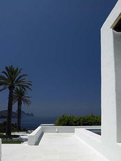 12 CAN SOLEILL Ibiza 2011CF059964