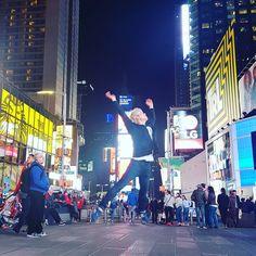 New York City . . . #korean #korea#southkorea#trip #travel#newyork #USA #selfie #igers #l4l #daily#tflers#tbt#travel#trip#kpop#셀카#소통#일상#데일리#여행#셀기꾼#韓国人 #韓国 #韓国人留学生#新大久保#セルカ#自撮り#セルフィー#旅行#timesquare