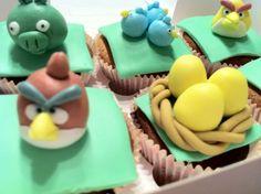 Cupcakes met Angry Birds #cupcake #birthday #angrybirds #cake