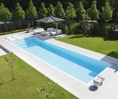 145 amazing minimalist pool decoration ideas for your backyard - page 32 ~ Modern House Design Small Backyard Pools, Backyard Pool Designs, Small Pools, Swimming Pools Backyard, Swimming Pool Designs, Pool Landscaping, Outdoor Pool, Luxury Swimming Pools, Luxury Pools