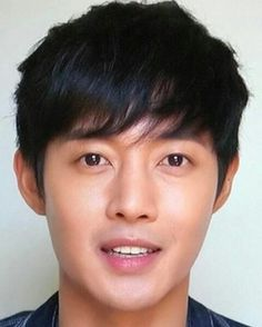 Kim Hyun Joong Asian Celebrities, Asian Actors, Korean Actors, So Ji Sub, Crush Pics, My Crush, Brad Pitt, Leonard Dicaprio, Baek Seung Jo